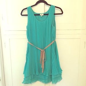 Layered & textured teal dress 👗 Hot & Delicious